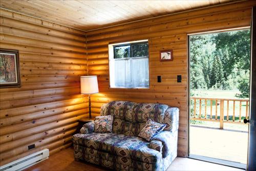Cabin1-Livingroom2.jpg