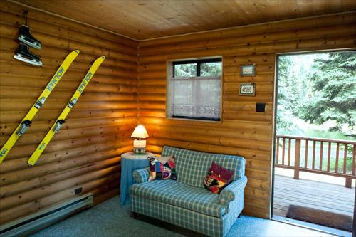 Cabin2-Livingroom.jpg