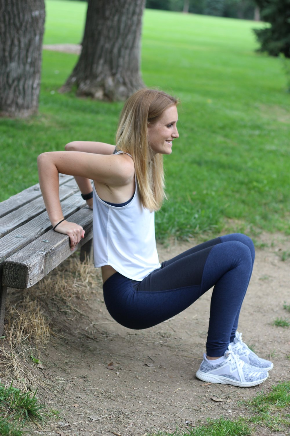 Outdoor-voices-navy-leggings