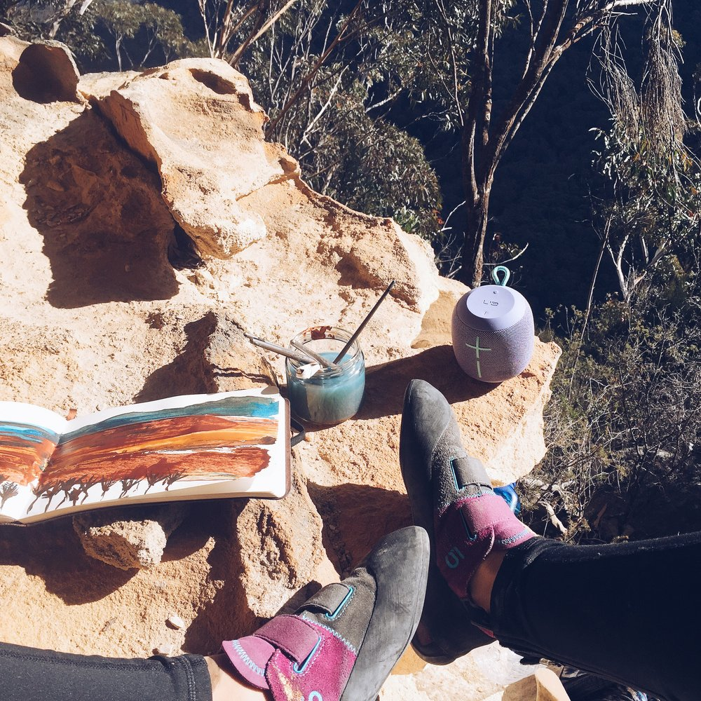 painting and rock climbing in the blue mountains