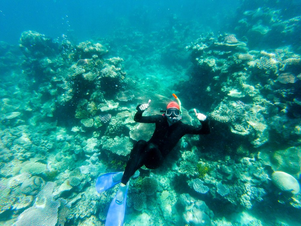 Kevin down in the reef. Thumbs up!