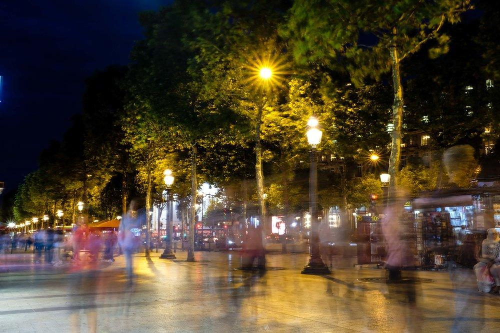 The buzz down Champs-Élysées.
