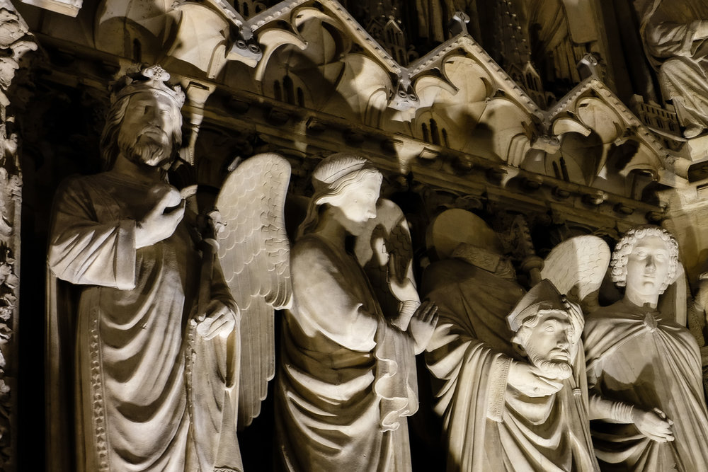 Headless.Cathédrale Notre-Dame de Paris.