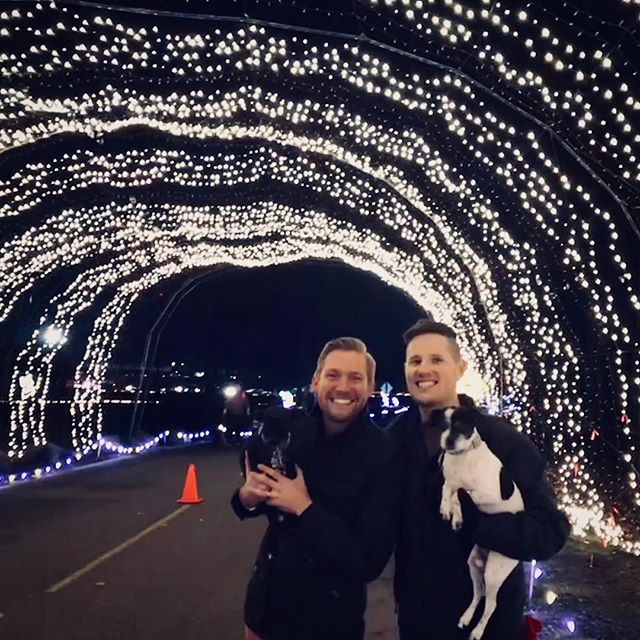Tonight we had a great evening walking around with our dogs and friends looking at all the Christmas lights at the Lights and Leashes event! It was such a cheesy Portlander thing to do and we loved every moment of it! #Portland #Oregon #lightsandleashes #winterwonderland #winterwonderlandportland #christmaslights #holidaycheer  #dog #dogs #doglovers #friends #gay #gaycouple #gayhusband #gays #gayboy #gaystagram #twoenroute #cheesy #festive #travel #fun #goodtimes #instadog #instafun