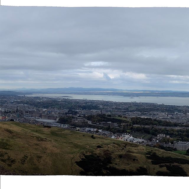 Full 360° panoramic view of Edinburgh, Scotland from Arthur's Seat, October 20, 2016. . . . #panorama #panoramic #panoramicview #wanderlust #travel #igtravel #backpack #backpacking #fujifilmx100t #scotland #edinburgh #dusk #sunset #hikewithaview #uk #unitedkingdom #travelphotography #traveller #worldtraveler #travelgram #latergram #hiking #360degrees