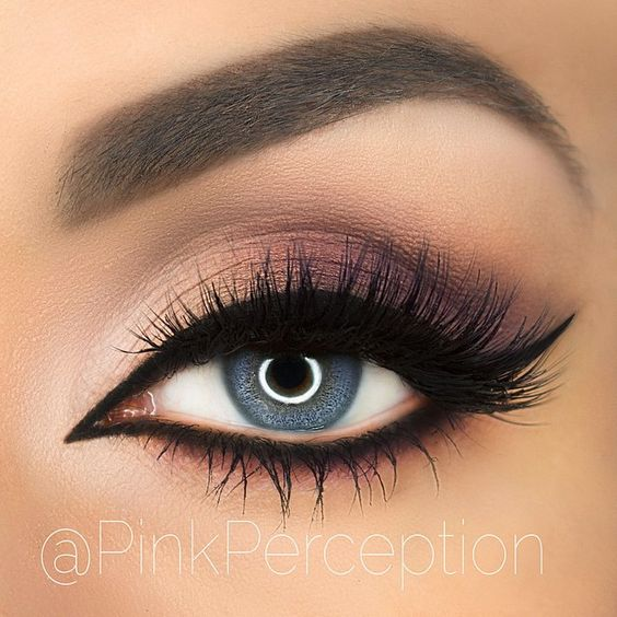 Cream-to-Rose Black Wing Liner by @PinkPerception