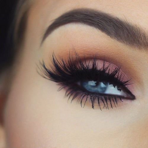 Skip the black shadow in favor of lengthy Mink dramatic Black eyelashes, posted by  @BeTheDifferent