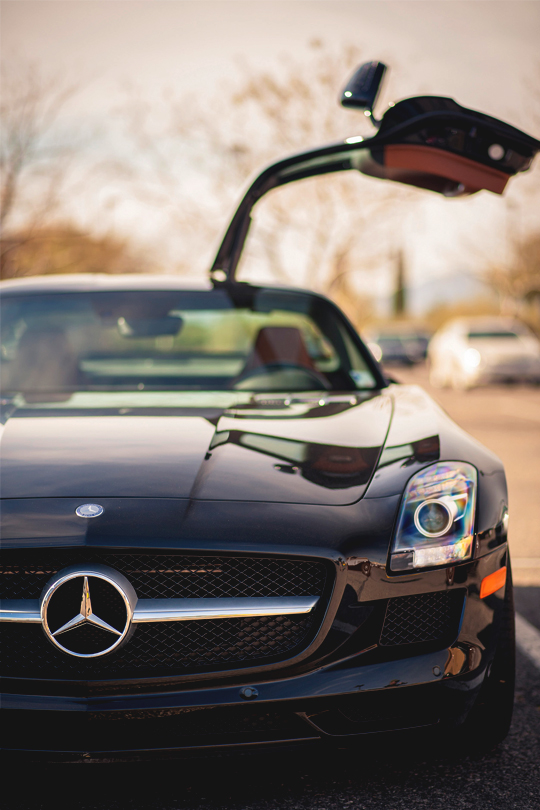 italian-luxury: SLS AMG by Otis Blank