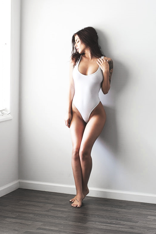 wearevanity: Kylie | Twitter |WAV