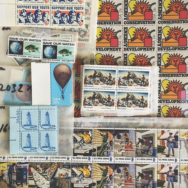 New vintage postage day! 😍 got some real lookers here! 💌📬 #snailmail #sendlovesendletters #sendmoremail #snailmaillove #usps #penpals