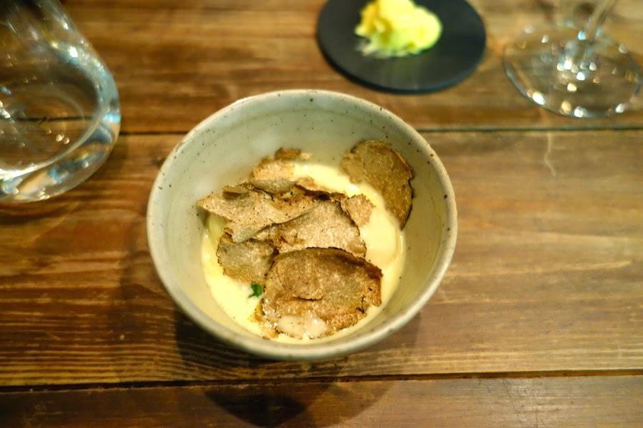 Dumplings with cream & autumn truffle