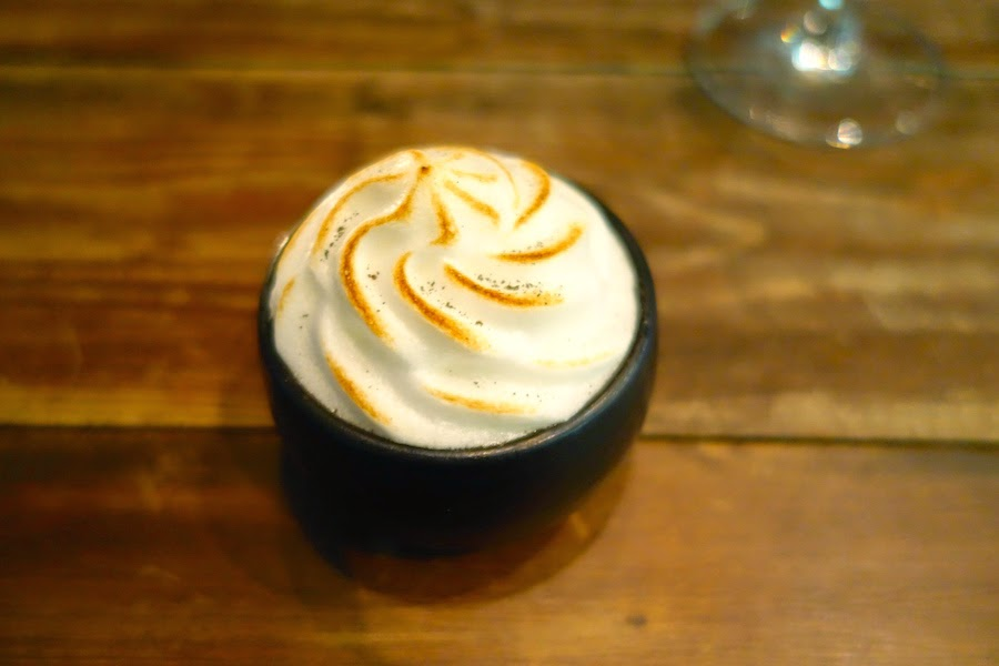 Earl grey pudding with brioche and bergamot