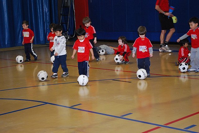 soccer-kids-18-months-4-years.jpg