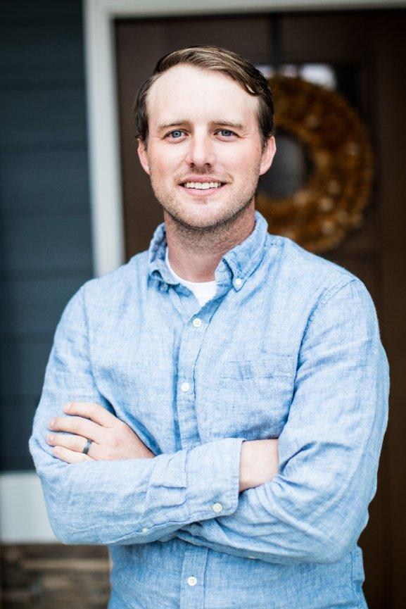 Zach Brandon - FOUNDER/COOZACHBRANDON@7THWELL.COM