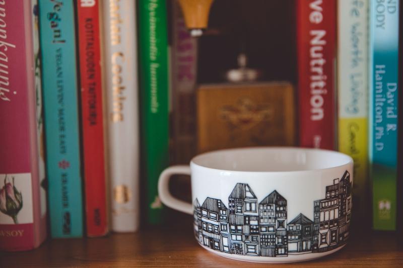 Marimekko mug and books