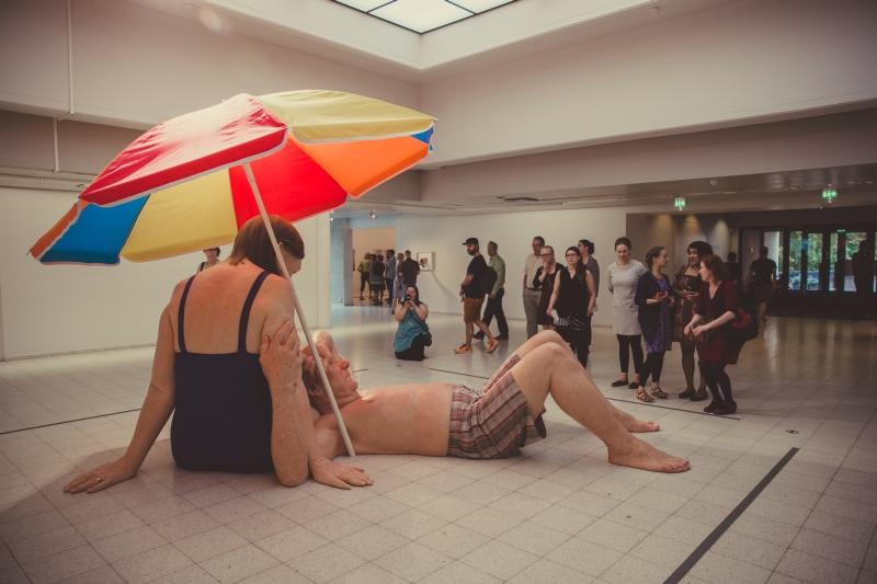 Ron Mueck Couple under an Umbrella Sara Hildén Museum Tampere
