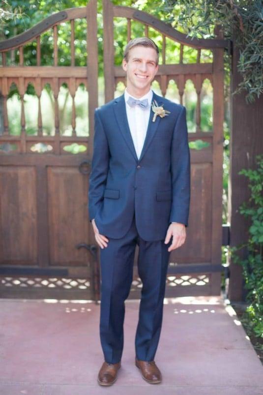 Phoenix groom