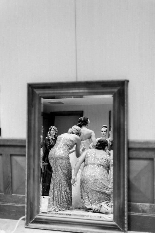 Arizona bride getting ready