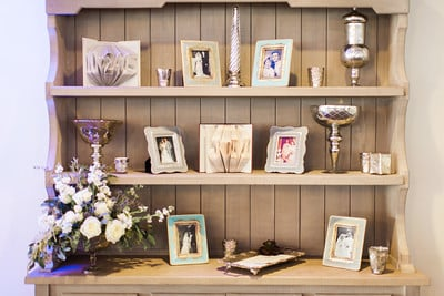 Wedding picture decor