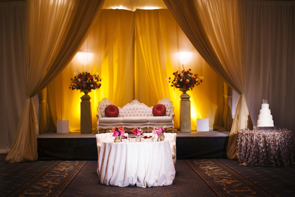 arizona wedding, wedding planner, scottsdale wedding planner, destination wedding planner, phoenix wedding planner, wedding coordinator, event planner, wedding design, Indian wedding, red and gold wedding, sweetheart table, draping
