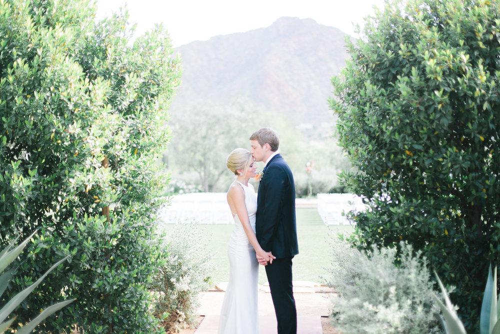 el chorro wedding bride groom arizona planner scottsdale dress ceremony camelback