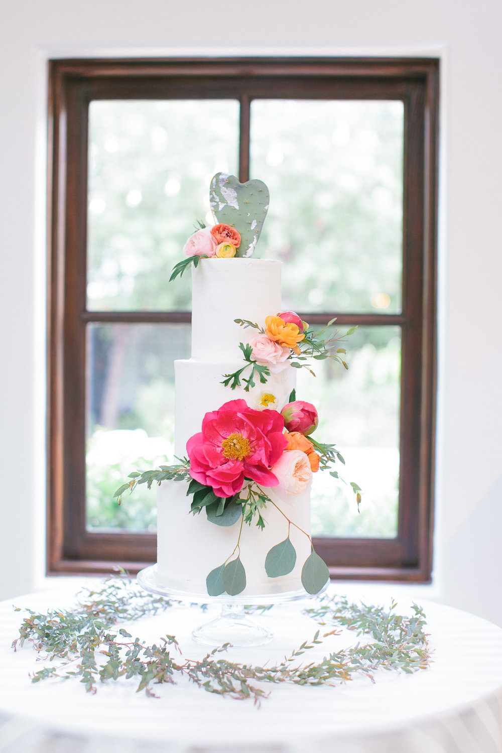 arizona wedding scottsdale el chorro pink peach coral blush planner  cake
