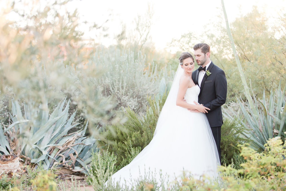 peach and mint wedding, blush and green wedding, Arizona Phoenix Scottsdale wedding planner, peach blush wedding flowers, camelback mountain ceremony view, bride and groom, desert wedding