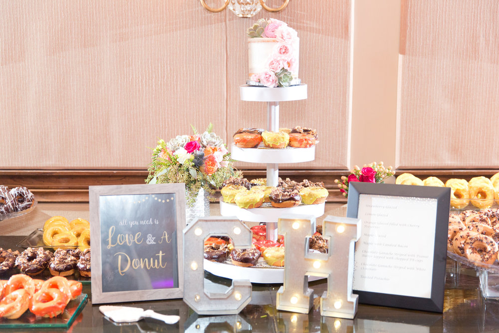 Phoenix-Scottsdale-Arizona-Wedding-Planner-Wedding-Venue-Destination-Wedding-Planner, Omni Montelucia weddings, sunset weddings, Arizona Sunset weddings, wedding details, wedding donut bar, doughnut bar