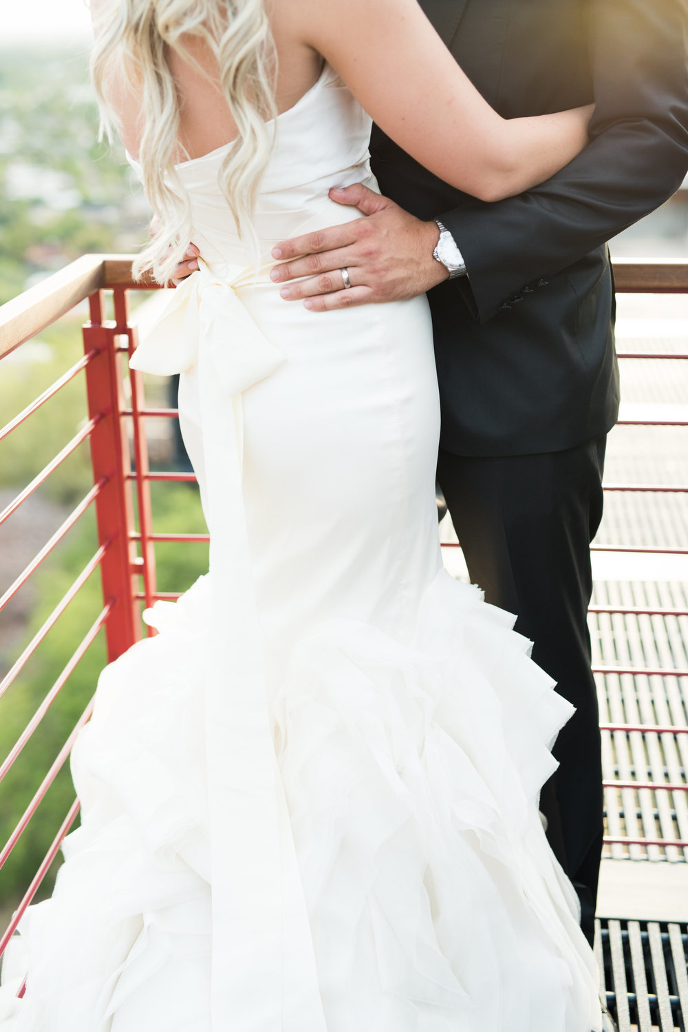 bride and groom, bride and groom details, wedding dress, Vera Wang wedding dress, groom tux, groom formal attire, view from Camelback Mountain