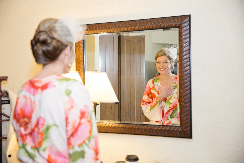 Arizona wedding, Camelback Mountain wedding, pink flowers, wedding details, getting ready, bridal photos