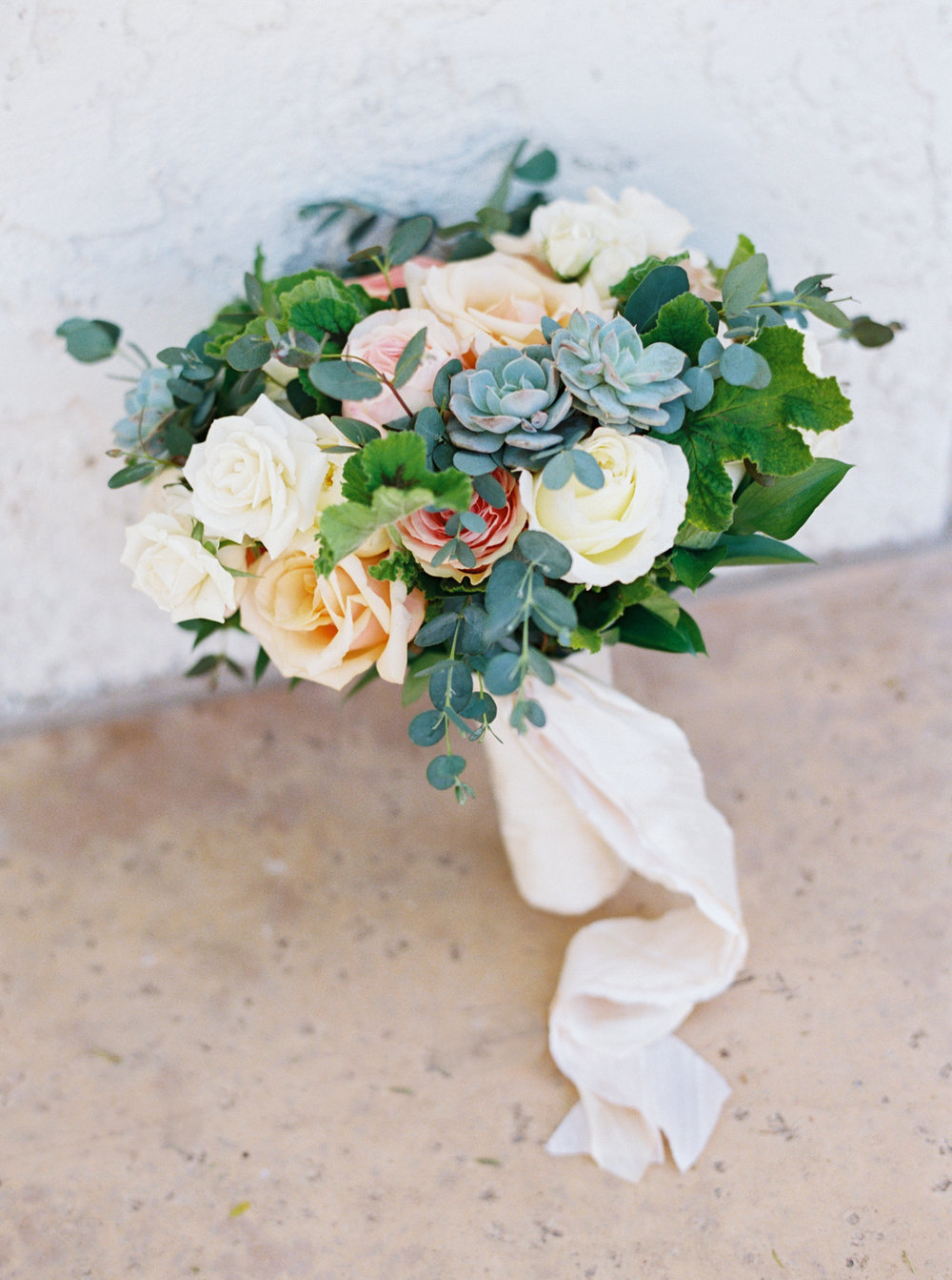 wedding, wedding planner, arizona wedding, destination wedding, bride and groom, wedding bouquet