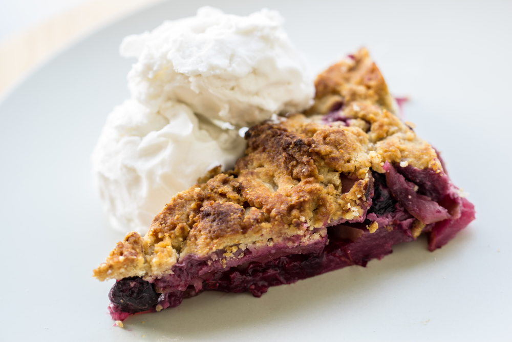 Blueberry Apple Tigernut Crumble
