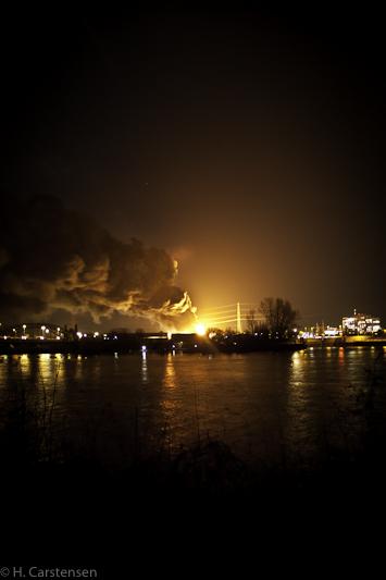 harburg-nacht-brand-5-von-17.jpg