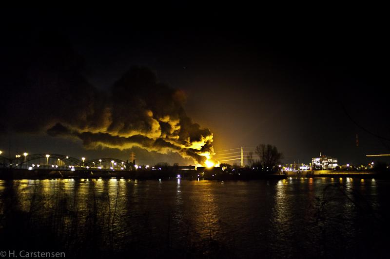 harburg-nacht-brand-8-von-17.jpg