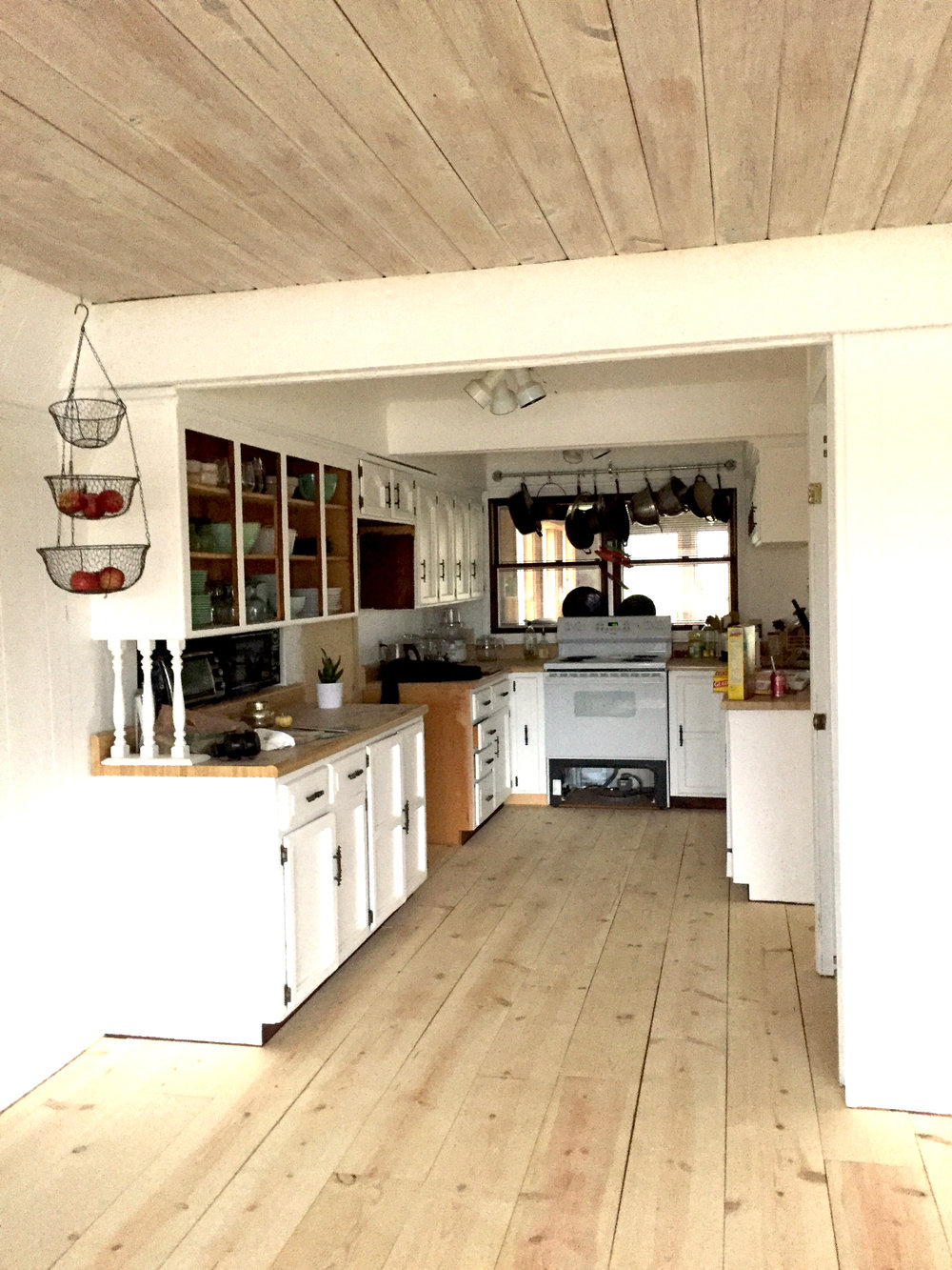 DIY_Scandinavian_wood_Floors_after_Bungii