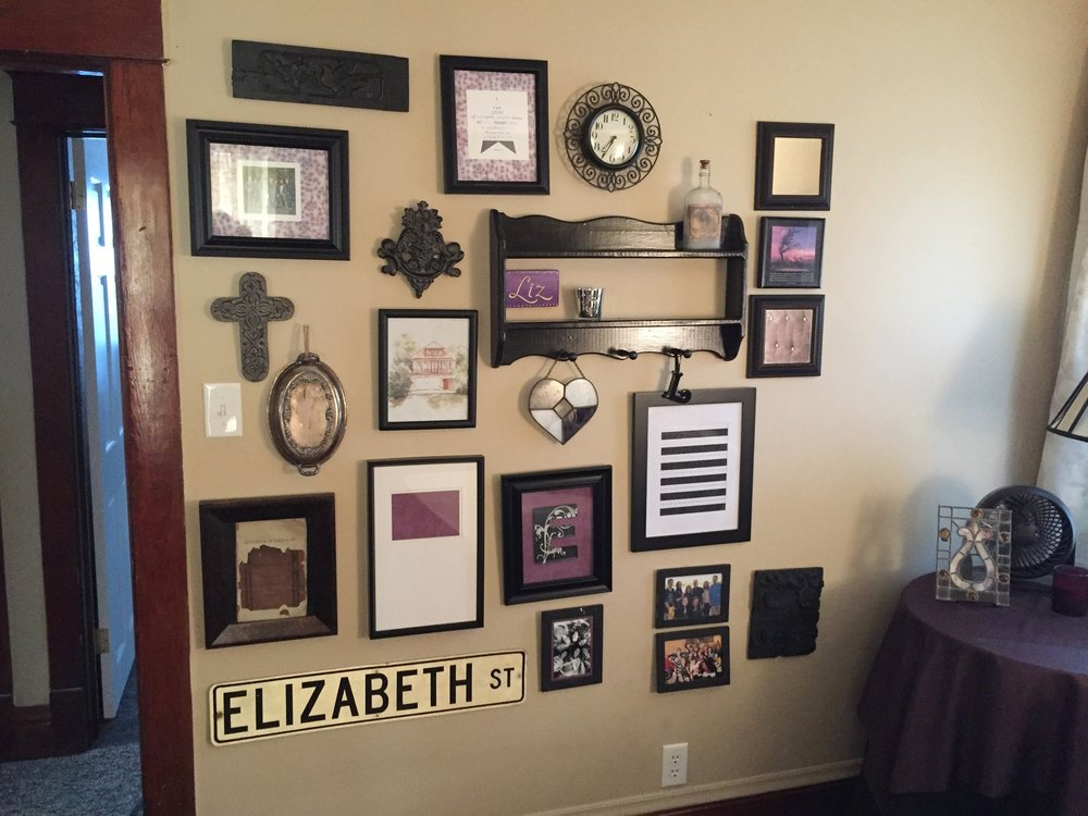 DIY-gallery-picture-frames-home