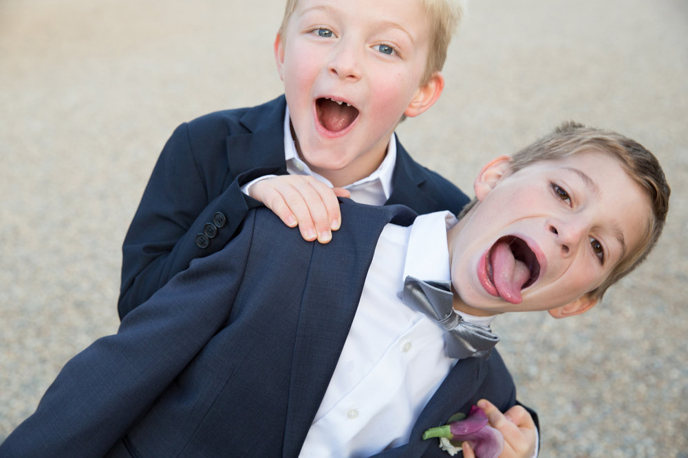 Kids_at_Weddings_08.jpg