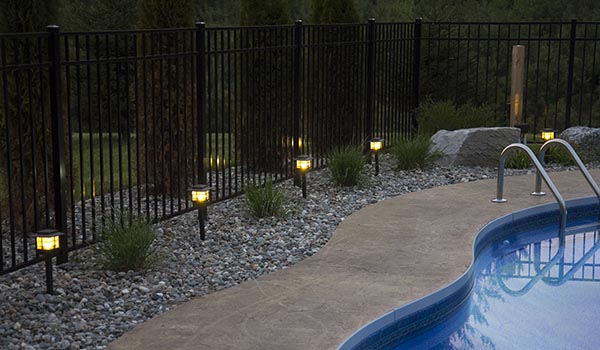 Low-Voltage-LED-Landscape-Lighting-around-pool.jpg