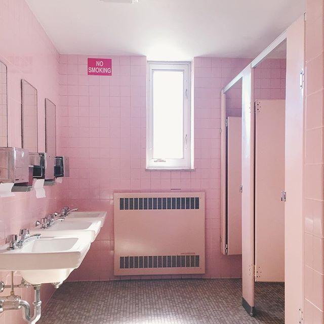 St. Anne / retro pink bathroom / nicolemcaruso.com