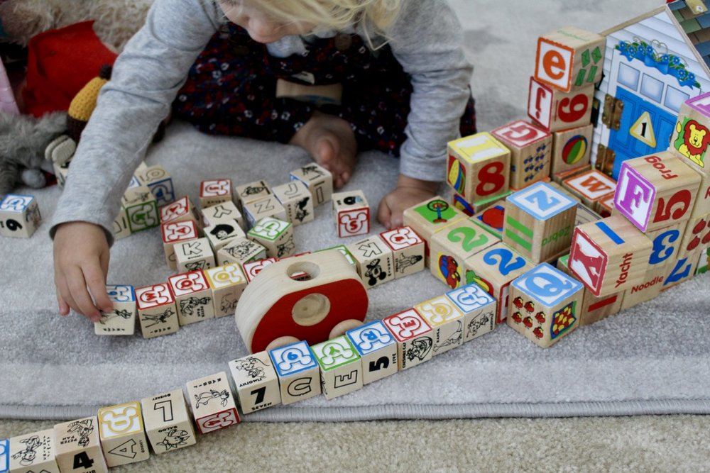 TODDLER TOYS / BLOCKS / MELISSA AND DOUG / NICOLEMCARUSO.COM