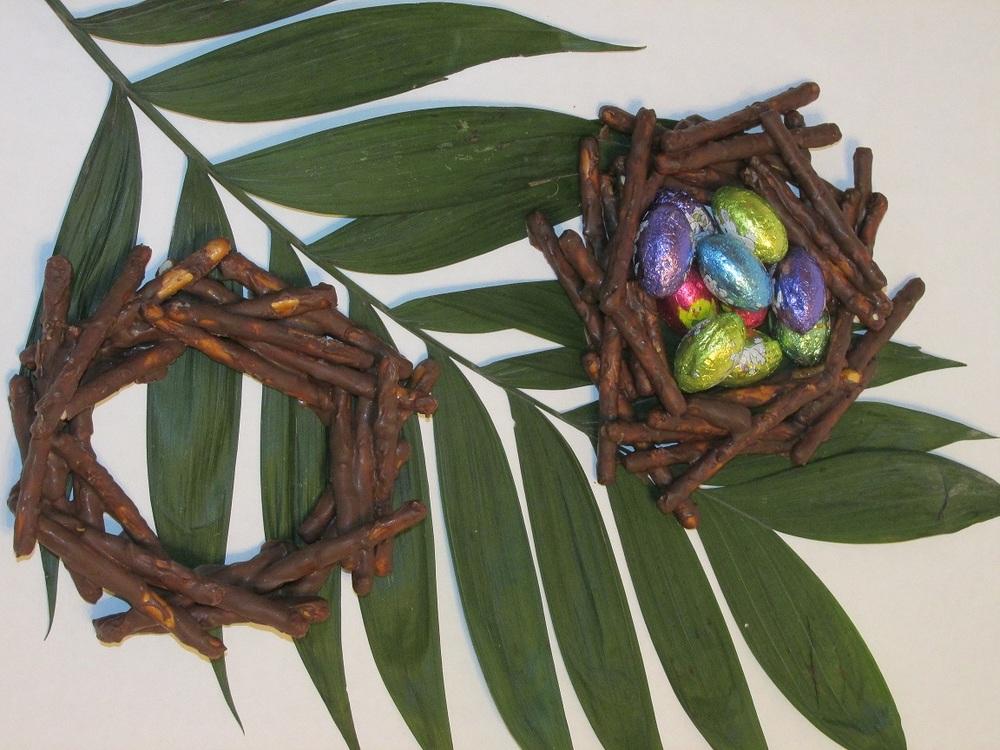 Pretzel Nests