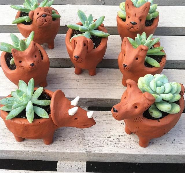 art-explorium-terracotta-animal-planters.jpg