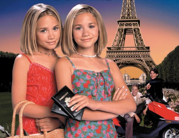 MaryKate and Ashley Passport to Paris
