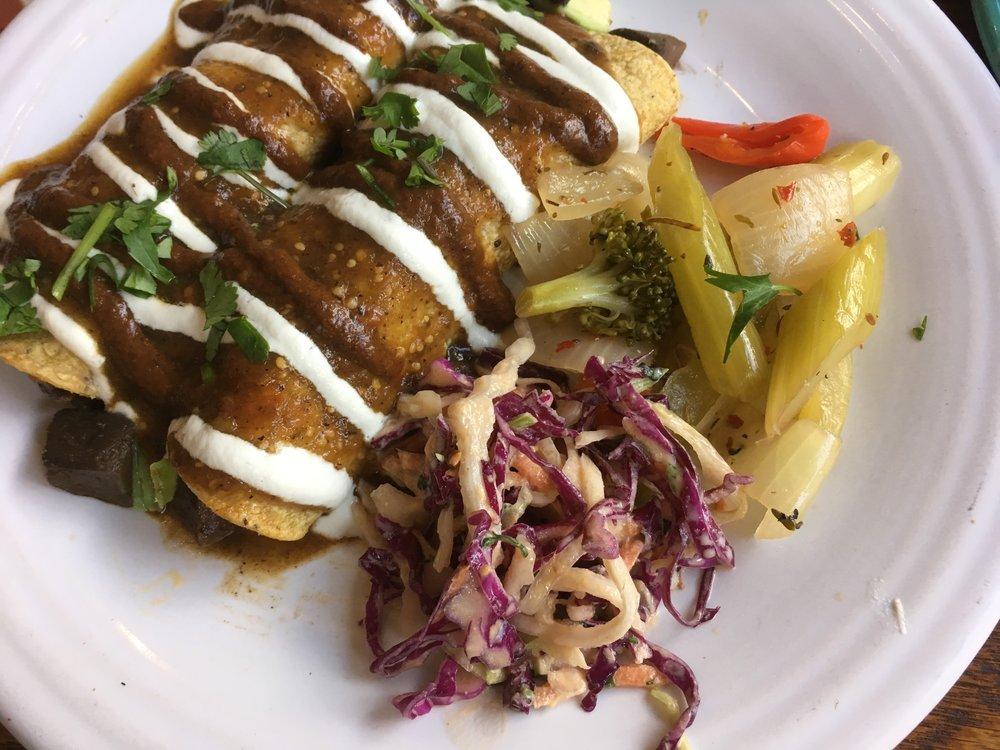 Best Healthy Food LA Cafe Gratitude