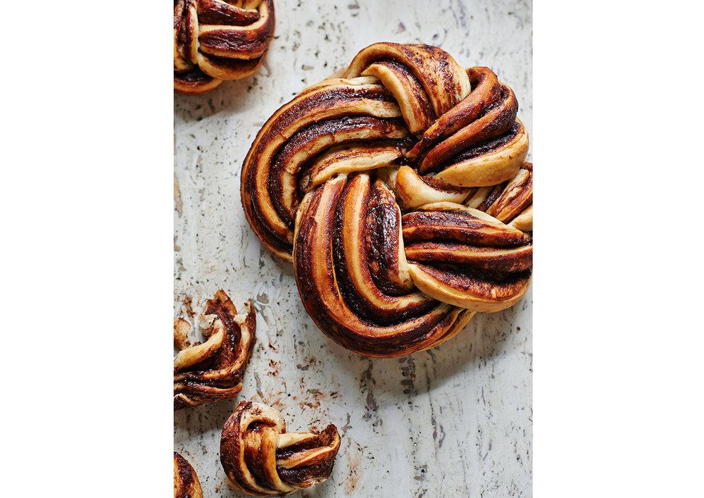 knot-bread.jpg