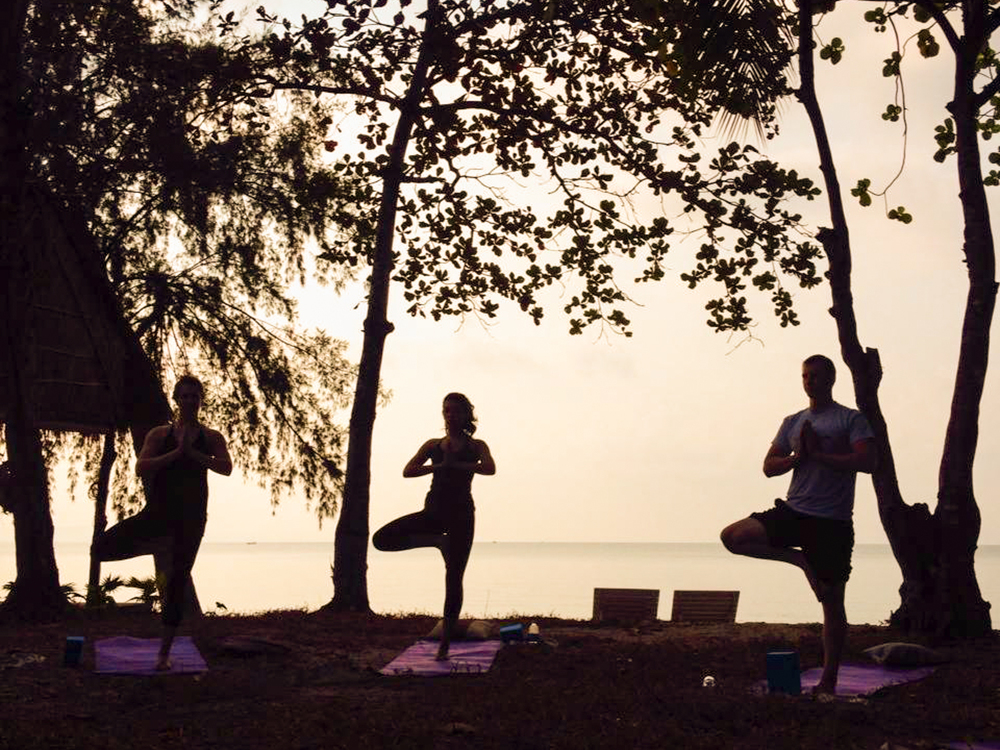 yoga sillouette-4.jpg