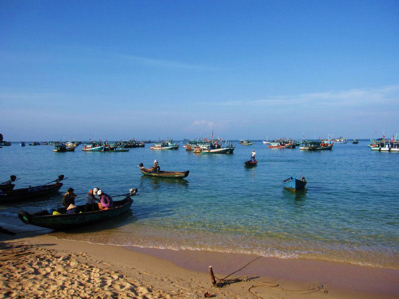 a beach near by in Ganh Dau village