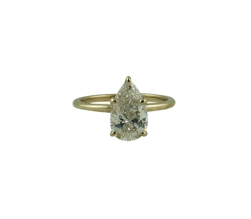 1.25ct Pear diamond yellow gold solitaire