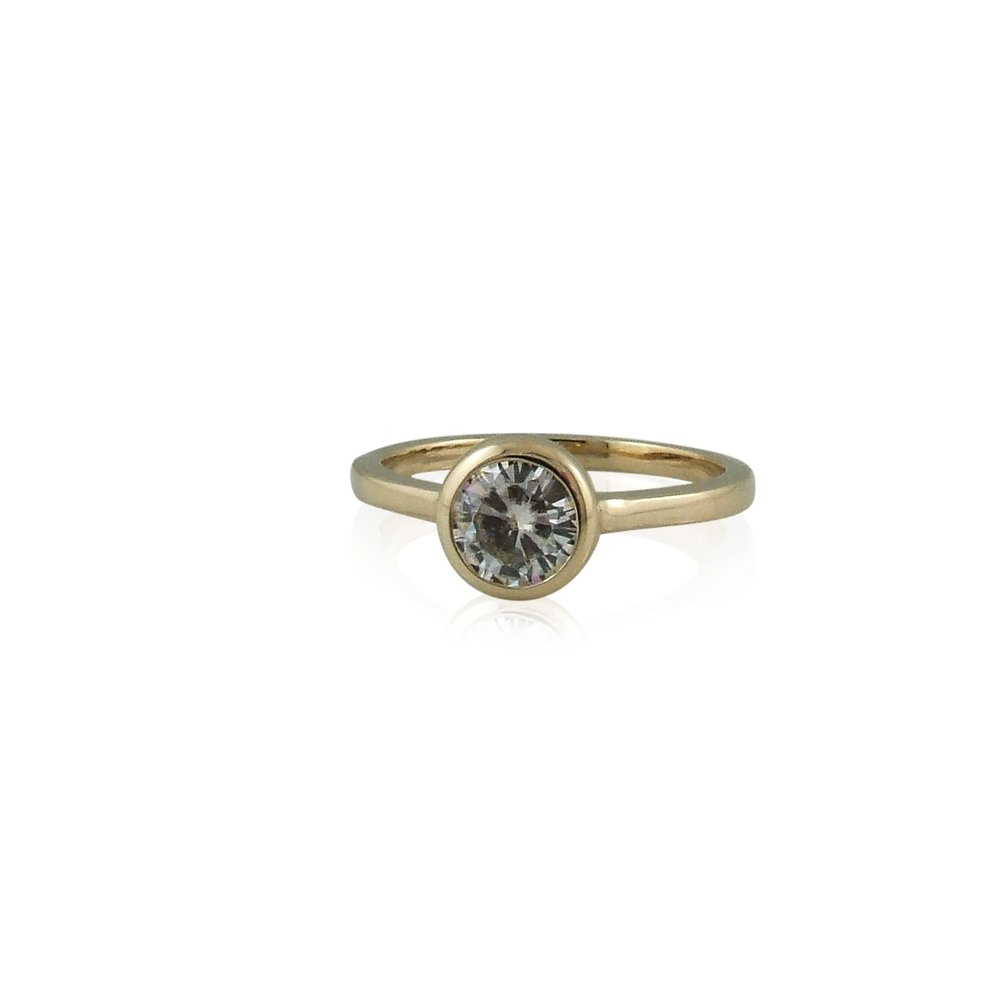 6.5mm Moissanite Yellow gold solitaire