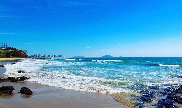 We're crossing our fingers for sunshine on this first weekend of summer! 📷 @watersedgeimages  #mooloolababeach #mooloolaba